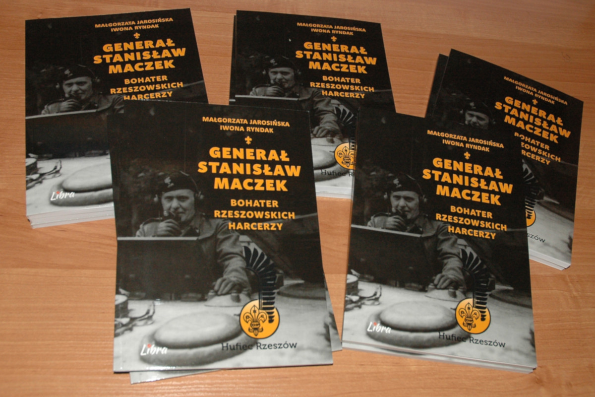 17. książka ''Generał Stanisław Maczek - bohater rzeszowskich harcerzy''